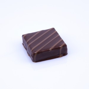 ChocoT-Bonbons-600x600_Burlesque-noir-01
